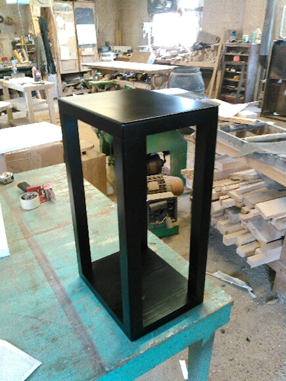 Black Lacquer Maple Speaker Stand
