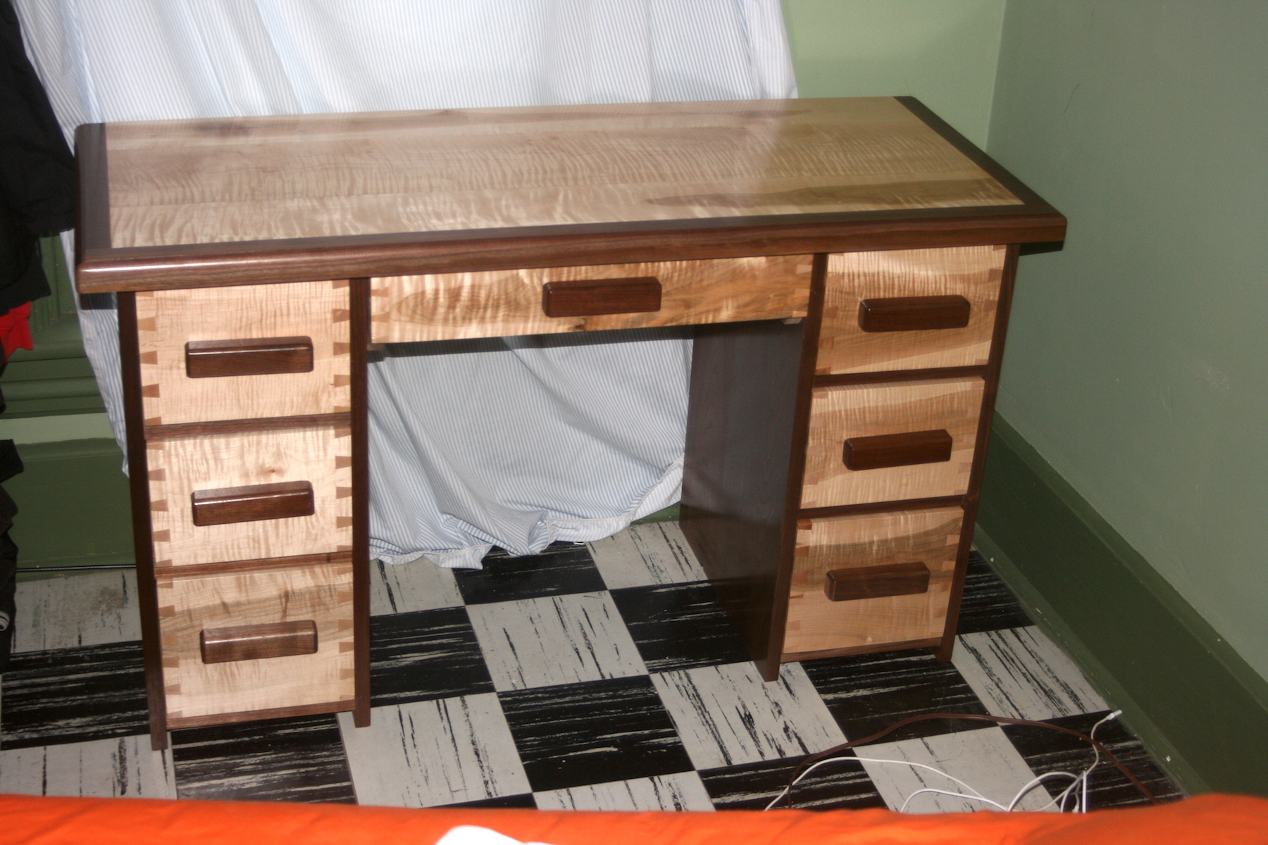 Tiger Maple with Walnut Dovetail Desk