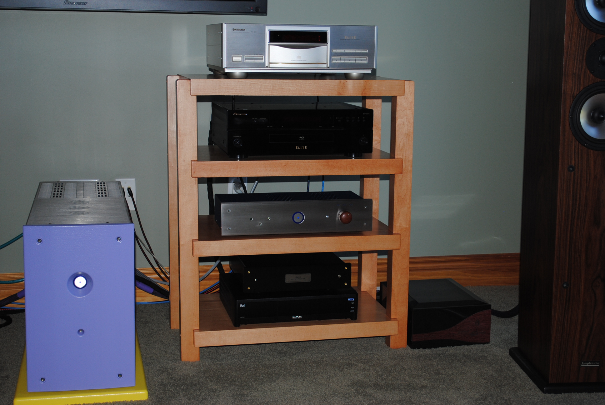 Maple Stereo Rack With Light Cherry Finish
